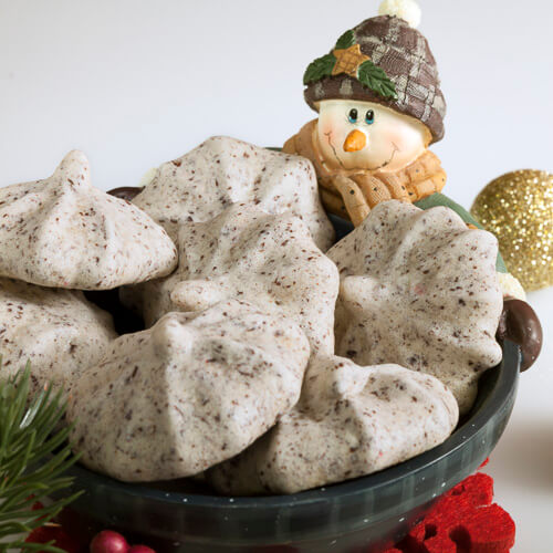 Chocolate Peppermint Meringues